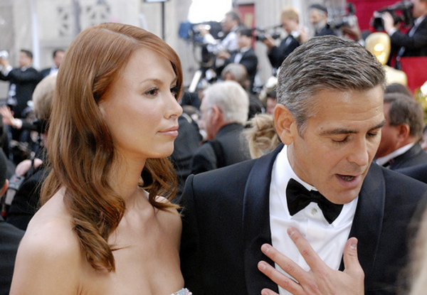 George Clooney breaks up with Sarah Larson 2