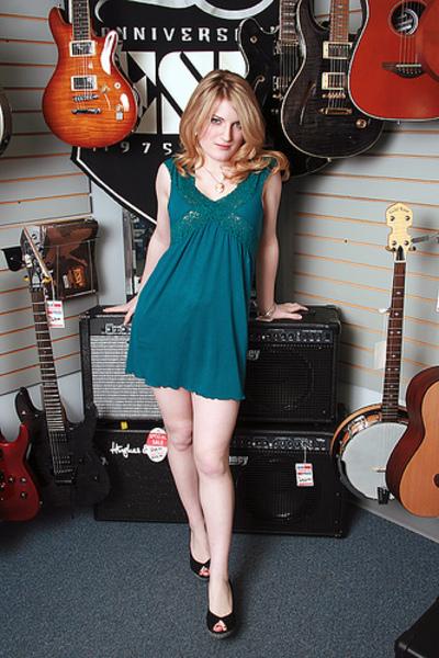 Jessica Mellott  I Love Guitars
