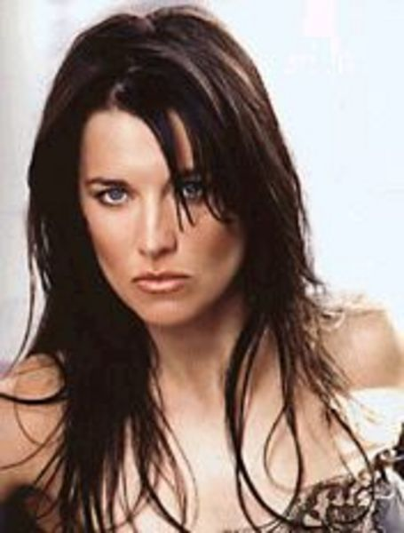 Lucy Lawless Hair