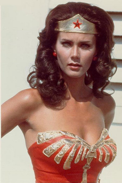 Wonder Woman Linda Carter Live