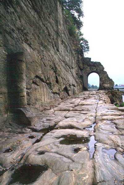 Strada consolare romana delle Gallie Valle d'Aost