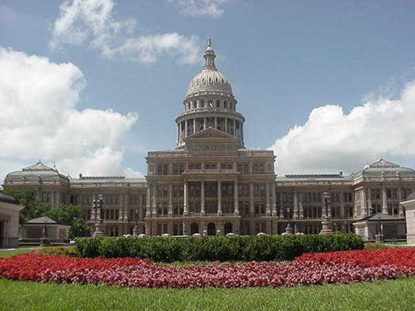 external image Texas_State_Capitol_Build_457767600e739.jpg