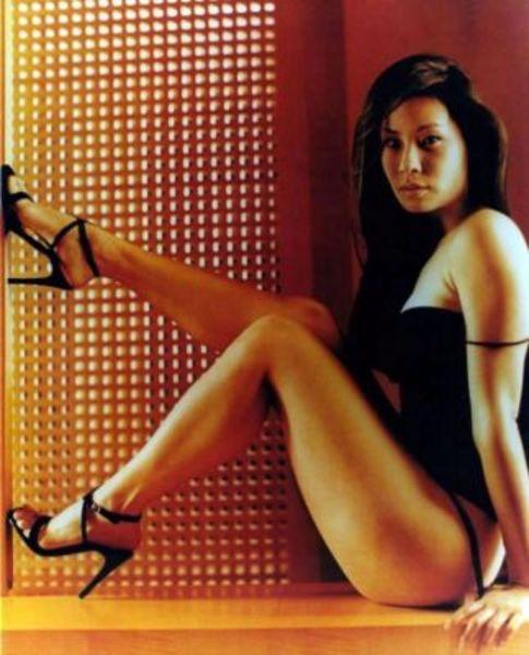 Re: she's got legs .